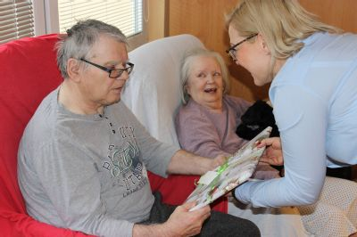 Vánoční nadílka zaměstnanců Perfect Distribution a AGEL Trade potěšila seniory